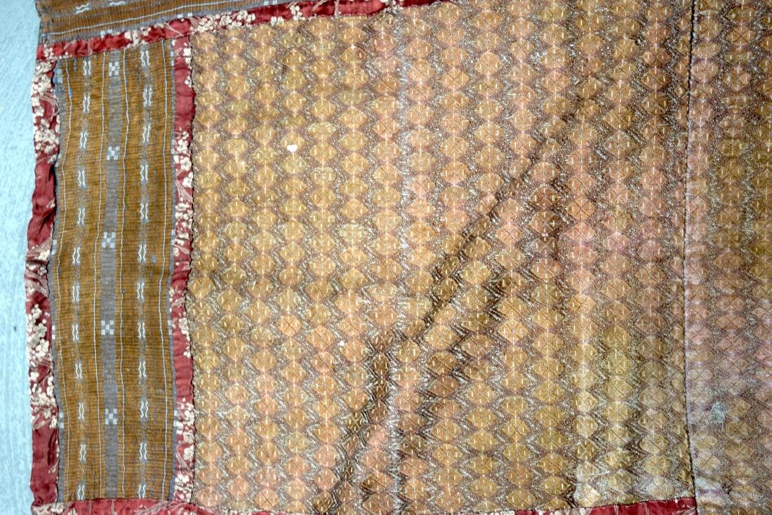 AN UNUSUAL GROUP OF 18TH/19TH CENTURY CHINESE SILK - 9