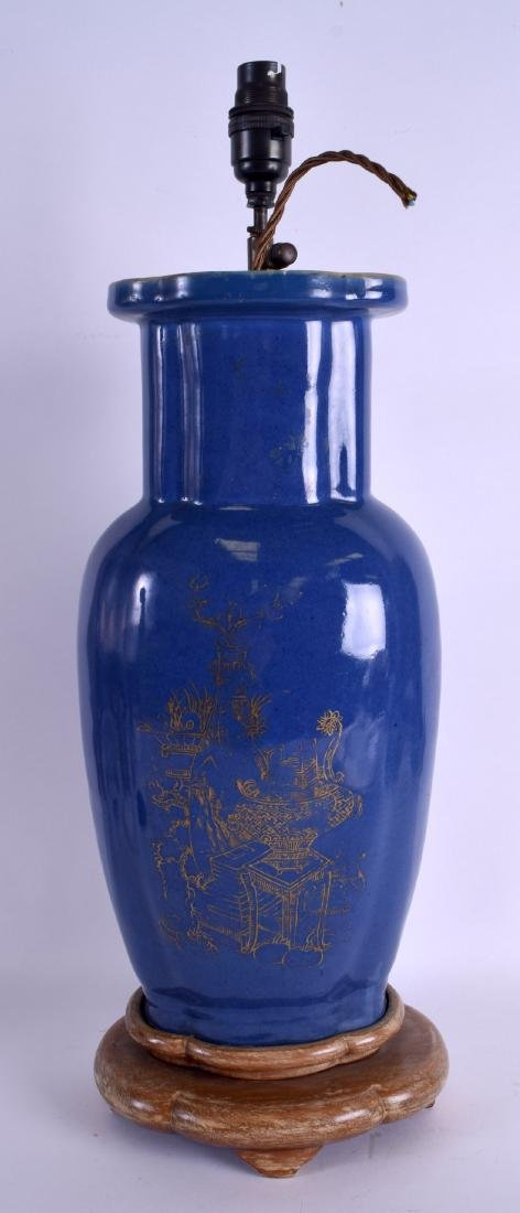 A GOOD EARLY 18TH CENTURY CHINESE POWDER BLUE GROUND - 2