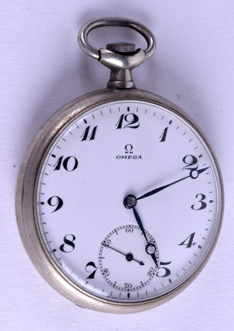 AN EARLY 20TH CENTURY OMEGA POCKET WATCH. 4.5 cm