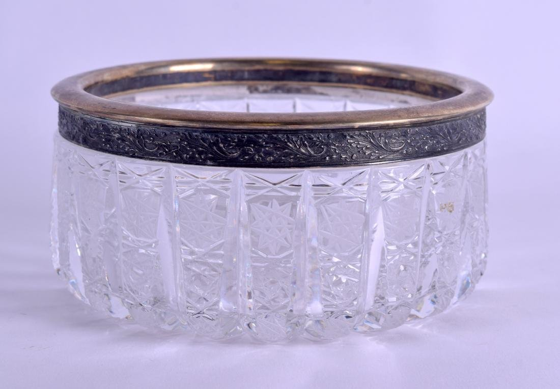 AN EARLY 20TH CENTURY RUSSIAN SILVER AND CRYSTAL BOWL