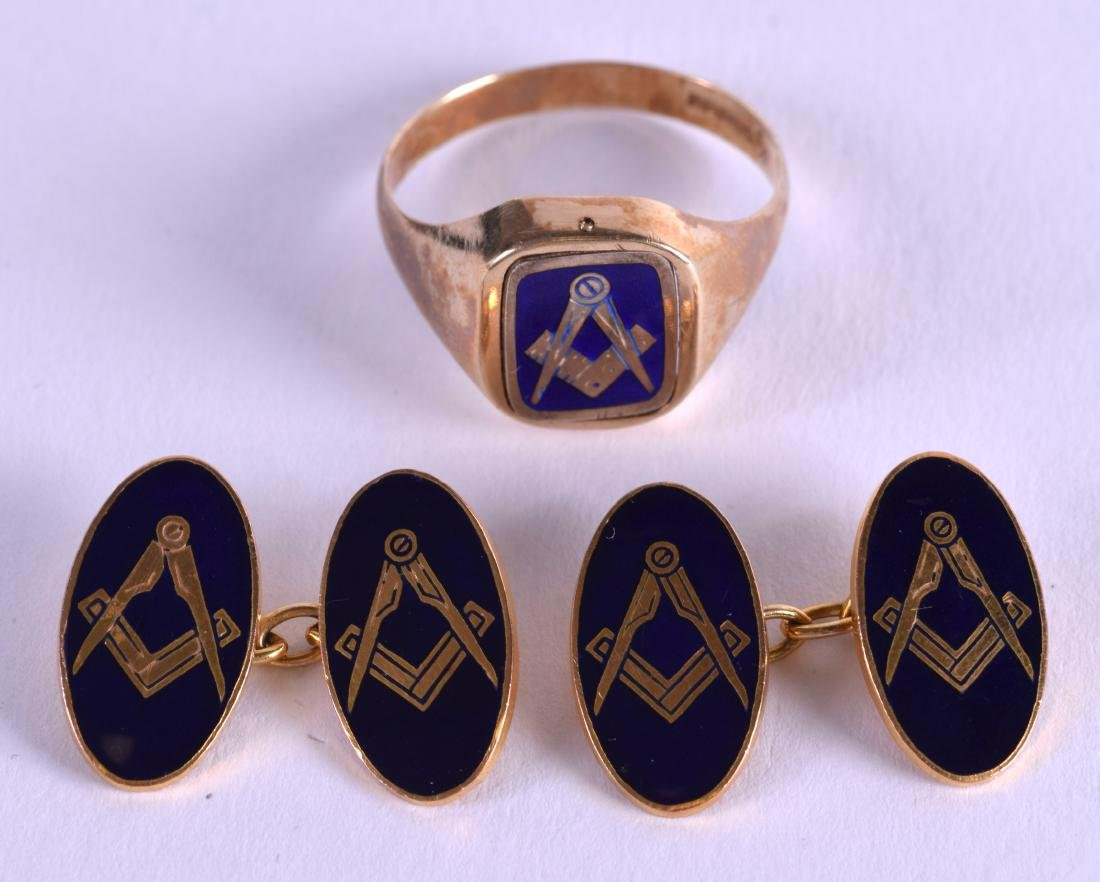 A 9CT GOLD MASONIC RING together with matching
