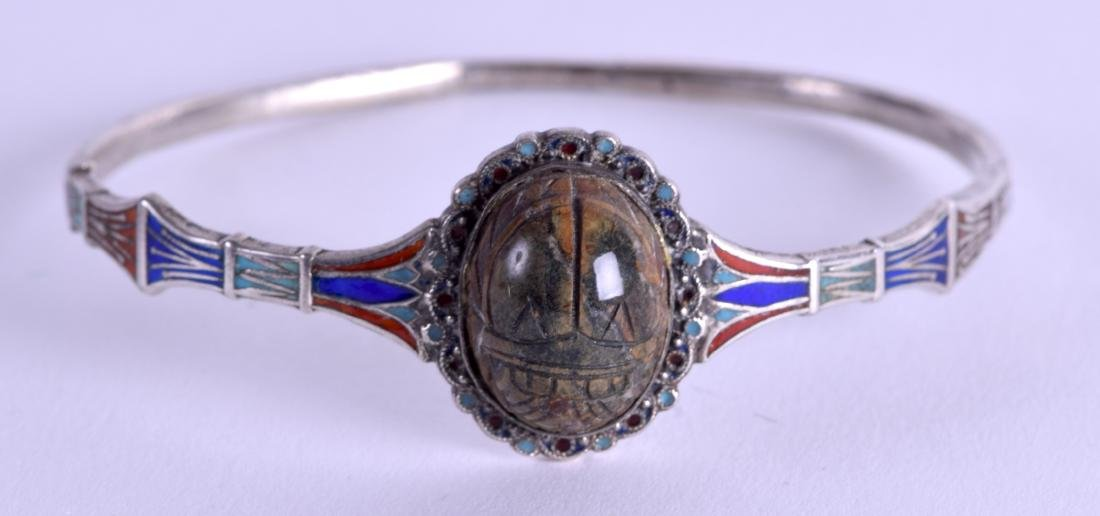 A GOOD EGYPTIAN REVIVAL SILVER AND ENAMEL SCARAB BEETLE