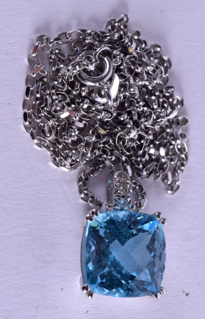 AN 18CT WHITE GOLD AND BLUE TOPAZ DIAMOND NECKLACE.