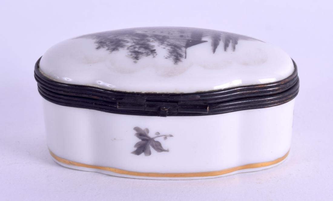 A SEVRES STYLE PORCELAIN PILL BOX painted with - 3