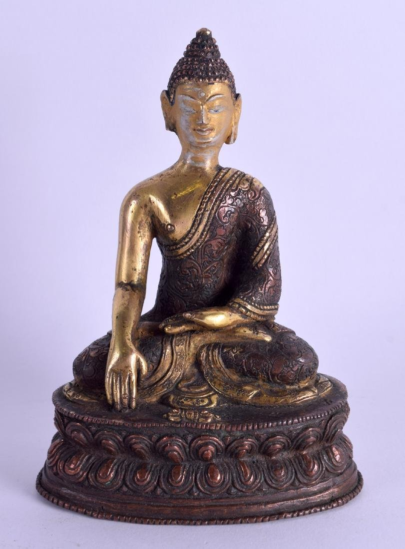 AN EARLY 20TH CENTURY CHINESE TIBETAN BRONZE AND COPPER