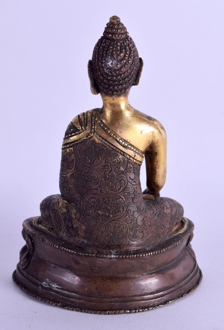 AN EARLY 20TH CENTURY CHINESE TIBETAN BRONZE AND COPPER - 2