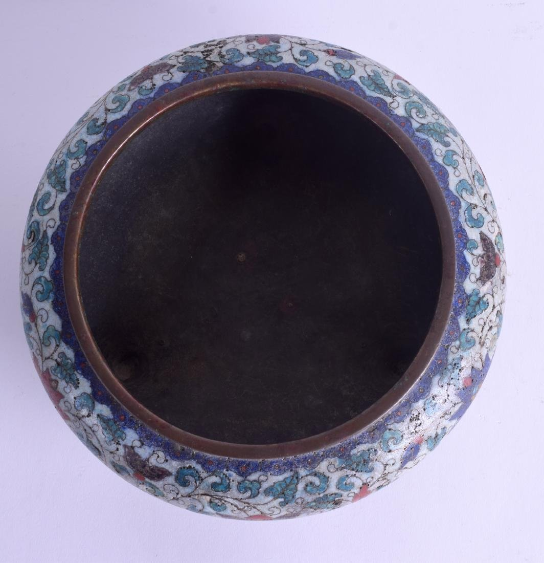 A LARGE 18TH/19TH CENTURY CHINESE CLOISONNE ENAMEL - 3
