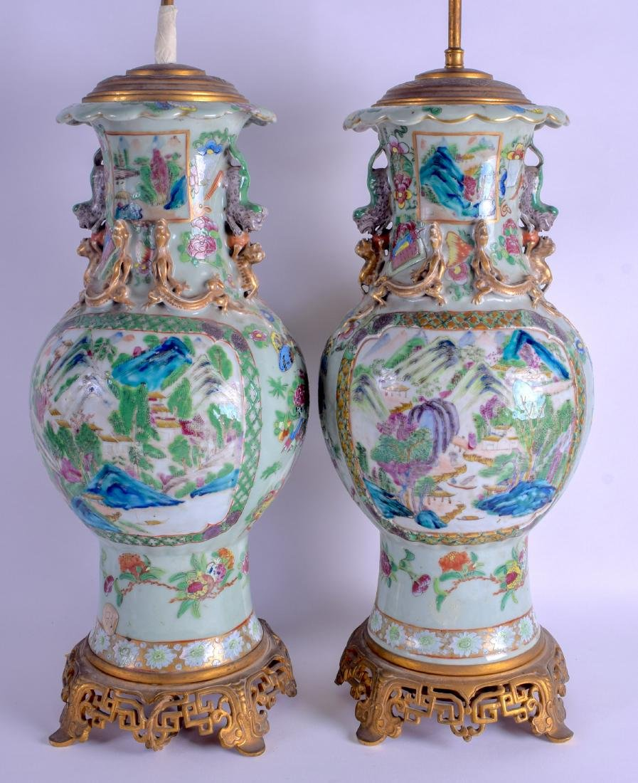 A GOOD PAIR OF 19TH CENTURY CHINESE CANTON FAMILLE ROSE - 2