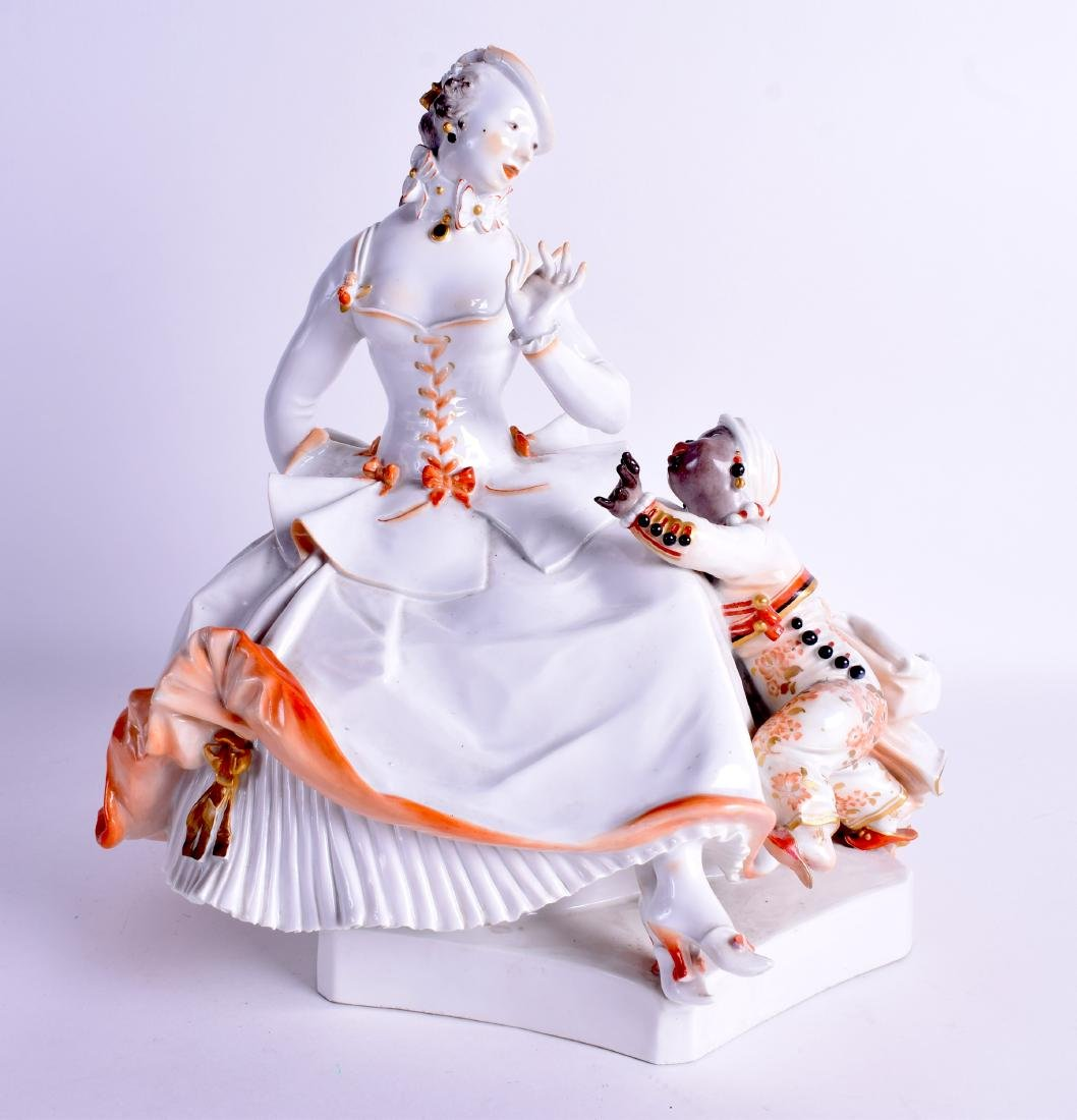 A RARE 1920S MEISSEN PORCELAIN FIGURE OF THE LADY AND