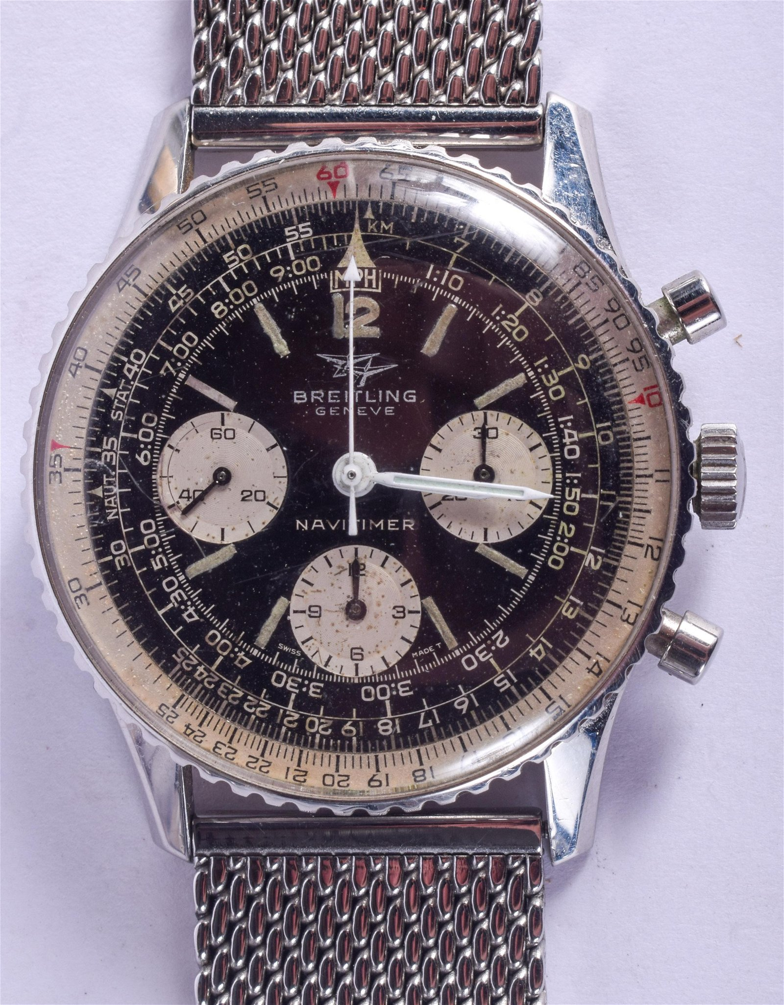 A GOOD BREITLING NAVITIMER 809 WRISTWATCH with triple