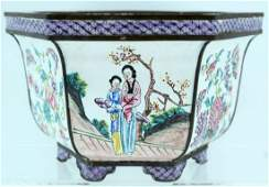 AN EARLY 20TH CENTURY CHINESE CANTON ENAMEL HEXAGONAL