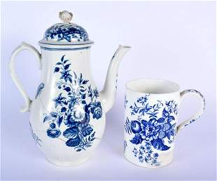 AN 18TH CENTURY CAUGHLEY BLUE AND WHITE MUG together