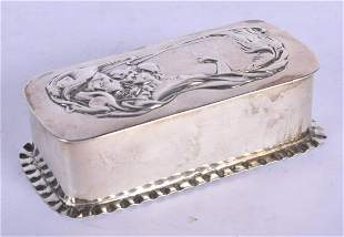 AN ART NOUVEAU SILVER BOX. Birmingham 1927. 47 grams. 8