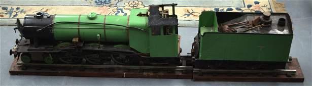 A LOVELY MODEL LOCOMOTIVE STEAM ENGINE 9CM GAUGE with