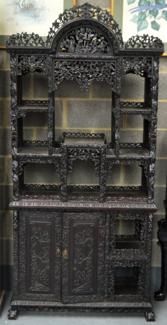 A FINE 19TH CENTURY CHINESE CARVED HARDWOOD OPEN