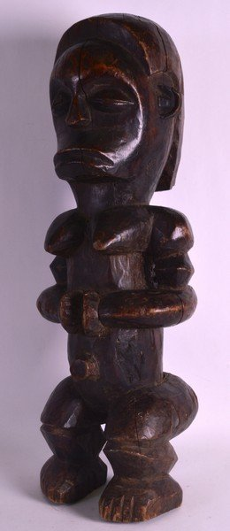 A LARGE EARLY 20TH CENTURY CARVED AFRICAN TRIBAL