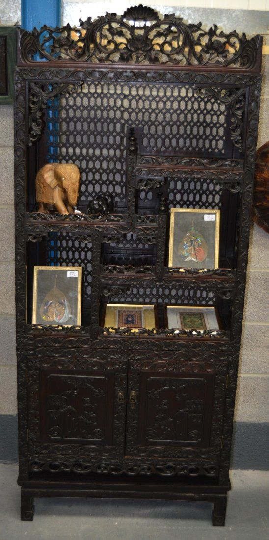 A FINE 19TH CENTURY CHINESE CARVED HARDWOOD DISPLAY
