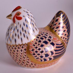 A Royal Crown Derby Chicken Paperweight C1995.