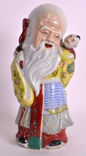 An Early 20th Century Chinese Famille Rose Buddha