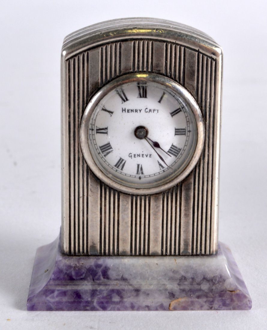 A LOVELY EARLY 20TH CENTURY FRENCH SILVER AND AMETHYST