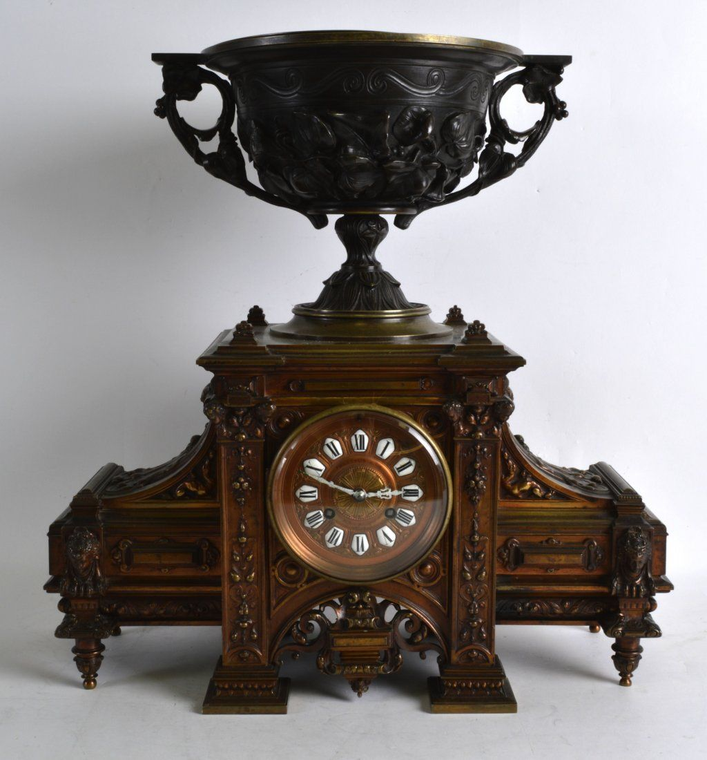 A LARGE MID 19TH CENTURY FRENCH BRONZE MANTEL CLOCK in
