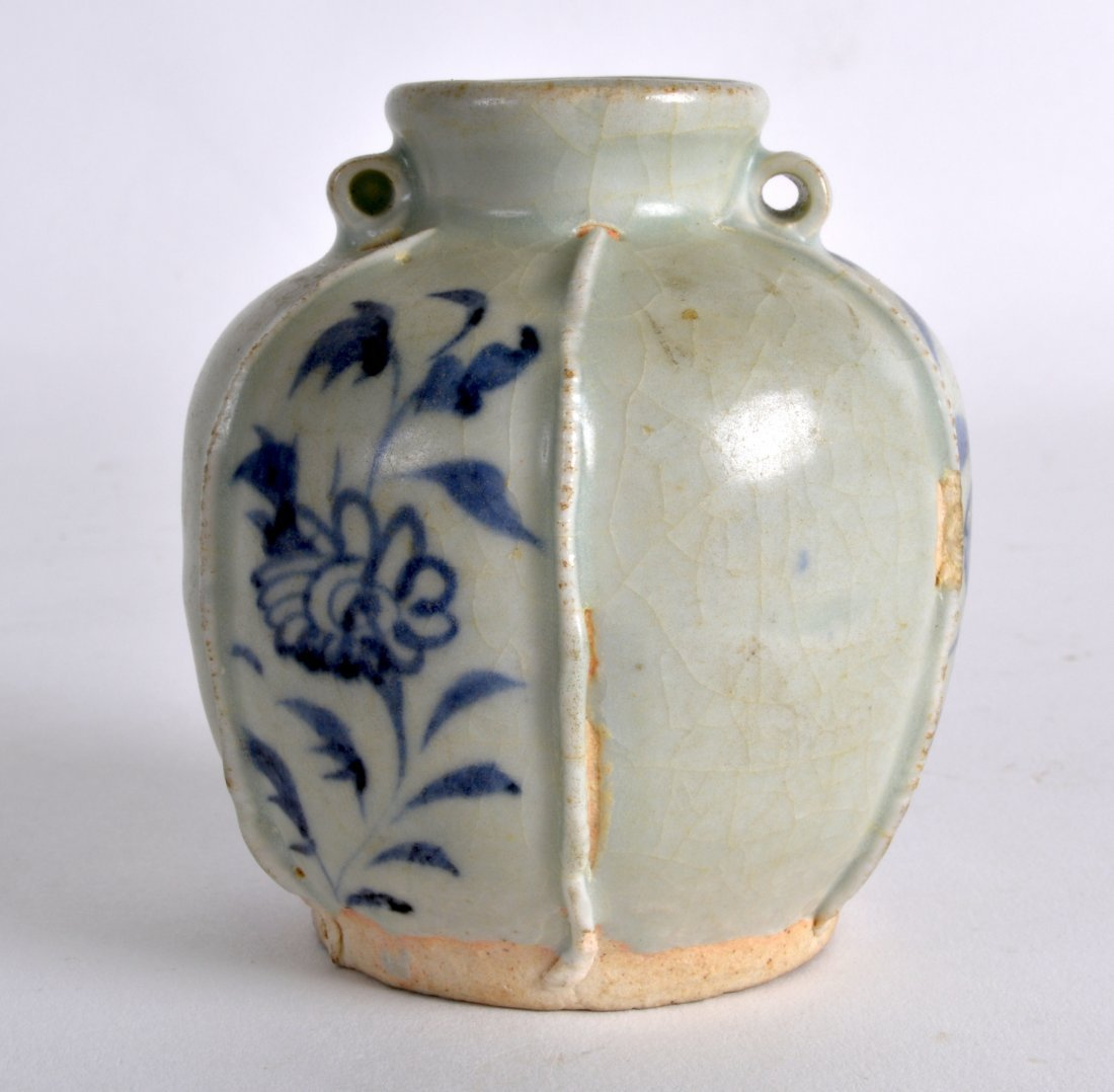A CHINESE YUAN DYNASTY BLUE AND WHITE JARLET painted - 2