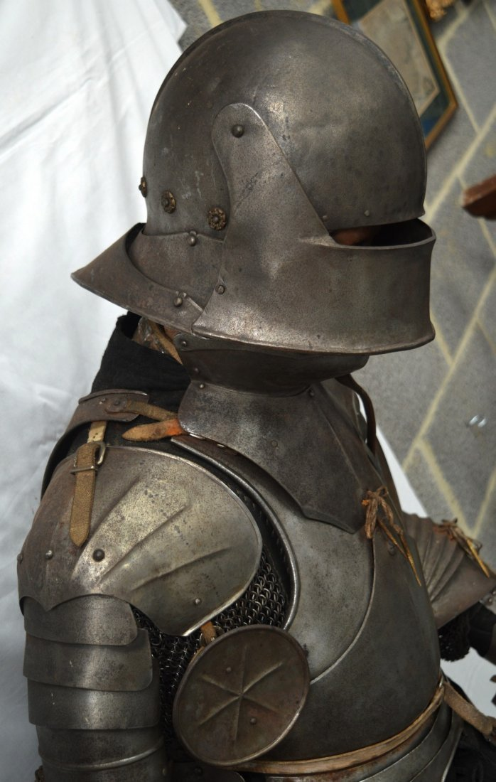A LOVELY LATE VICTORIAN SUIT OF ARMOUR contained upon a - 4