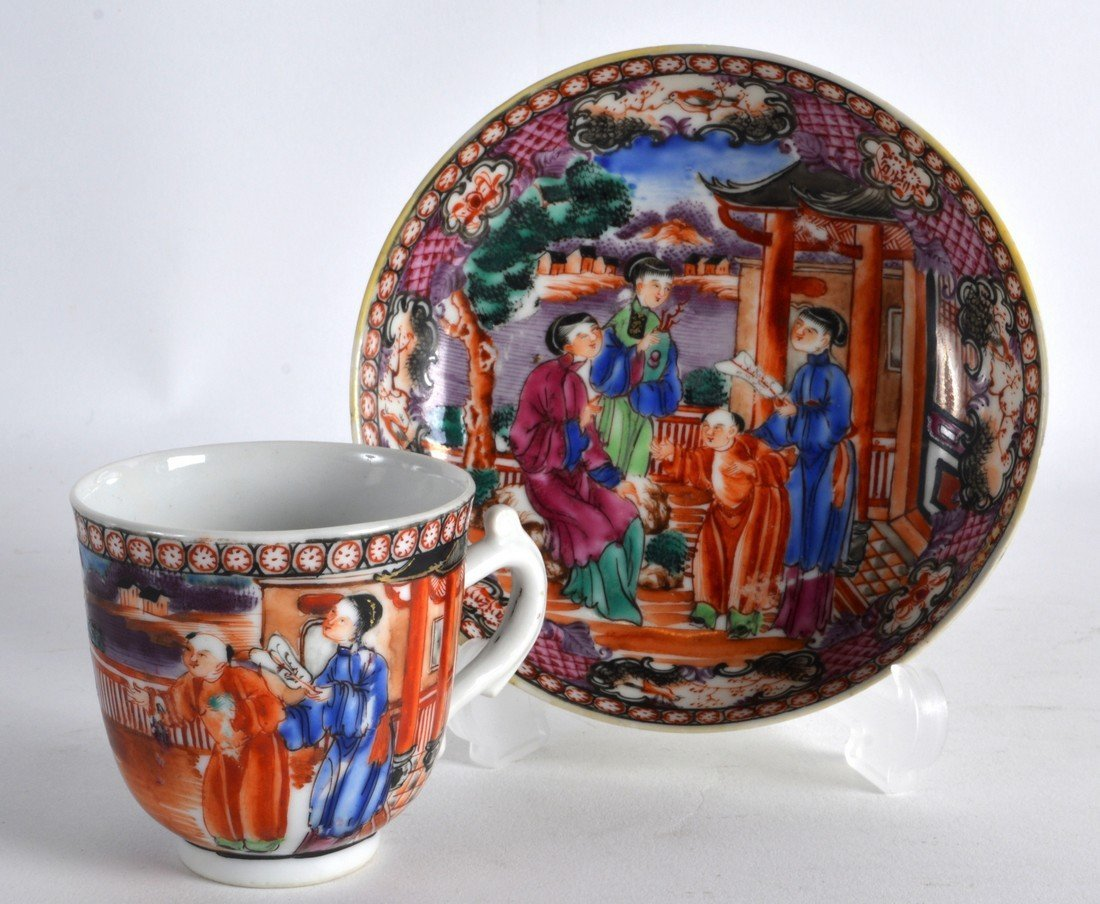 AN 18TH CENTURY CHINESE EXPORT FAMILLE ROSE COFFEE CUP