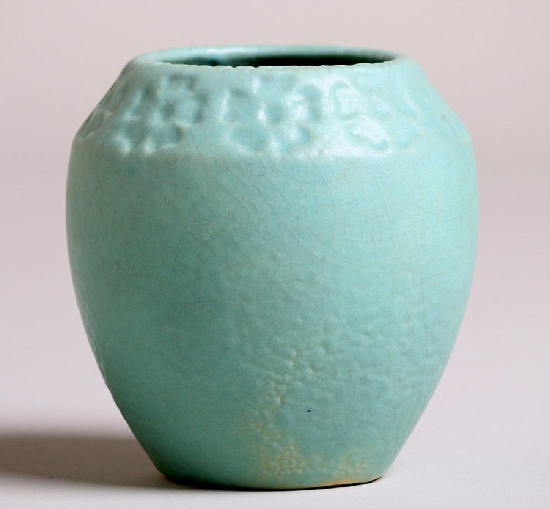 Van Briggle #704 Vase with Daisy Design