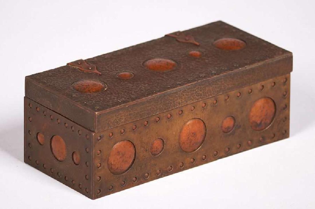 Arts & Crafts Hammered Copper & Brass Box c1910