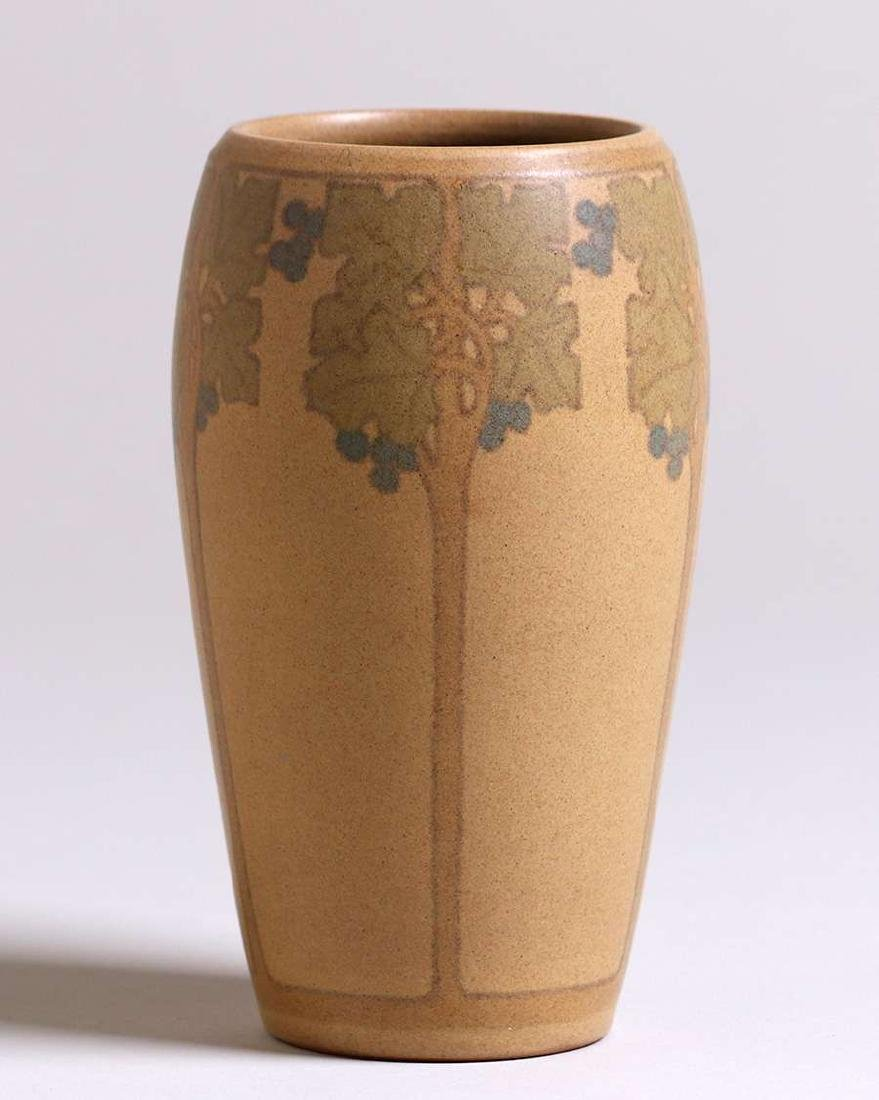 Marblehead Pottery vase decorated by Hannah Tutt with