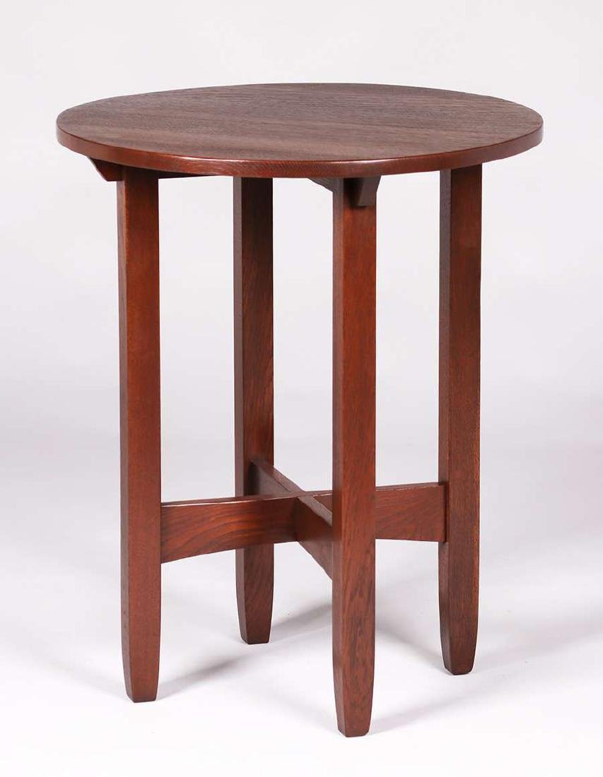 Limbert 24″d lamp table.
