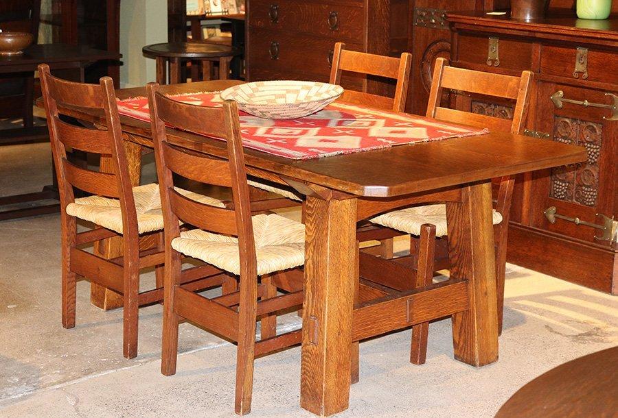 Set of 4 Gustav Stickley #306 Dining Chairs c1912-1915