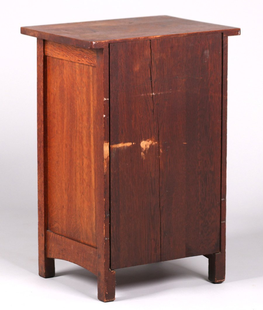 L&JG Stickley Smokers Cabinet - 4