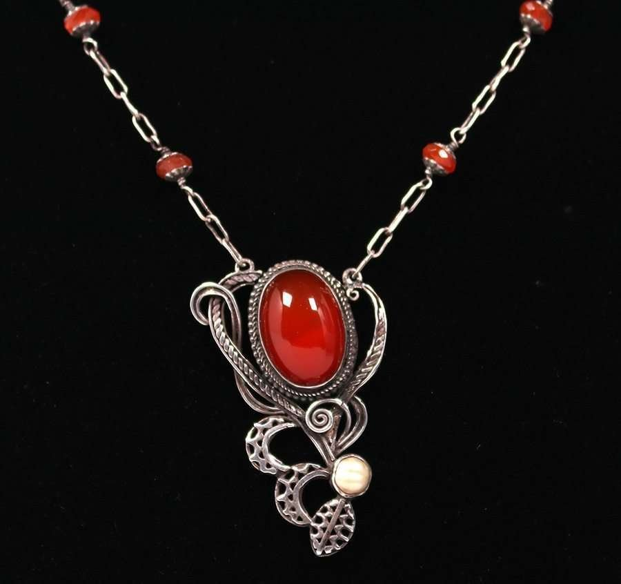 Arts & Crafts Sterling Carnelian Necklace c1910