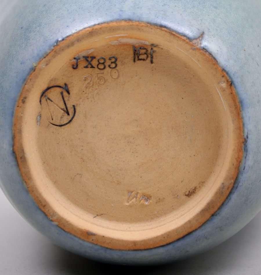 Newcomb College Vase Henrietta Bailey c1918 - 5