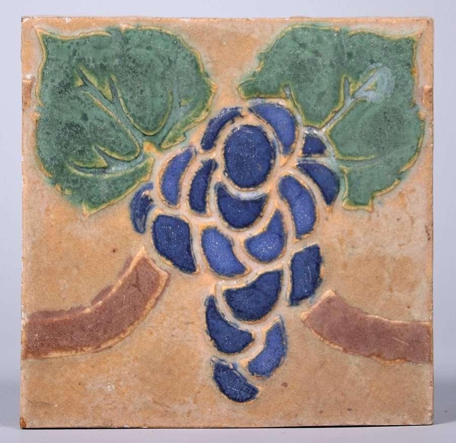Grueby Faience Co Grapevine Tile