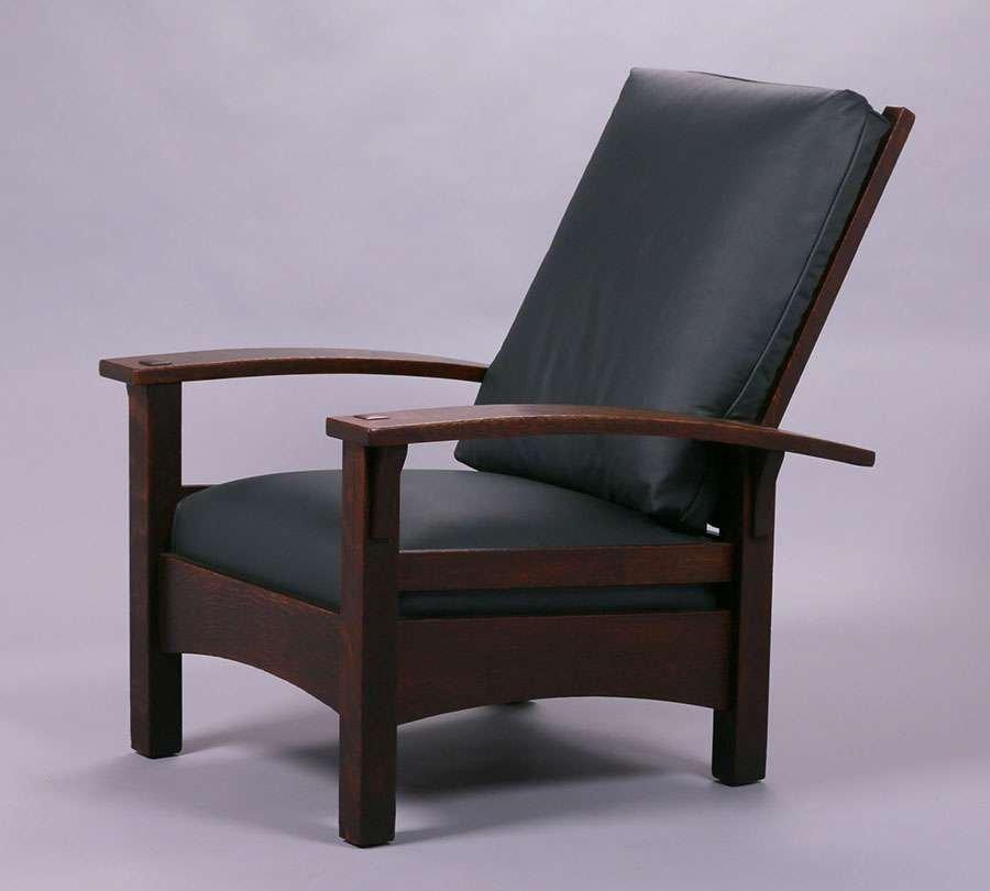 Gustav Stickley Bowarm Morris Chair c1905-1907