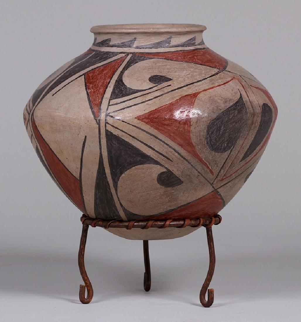 Large Pueblo Casa Grande Storage Jar - 2