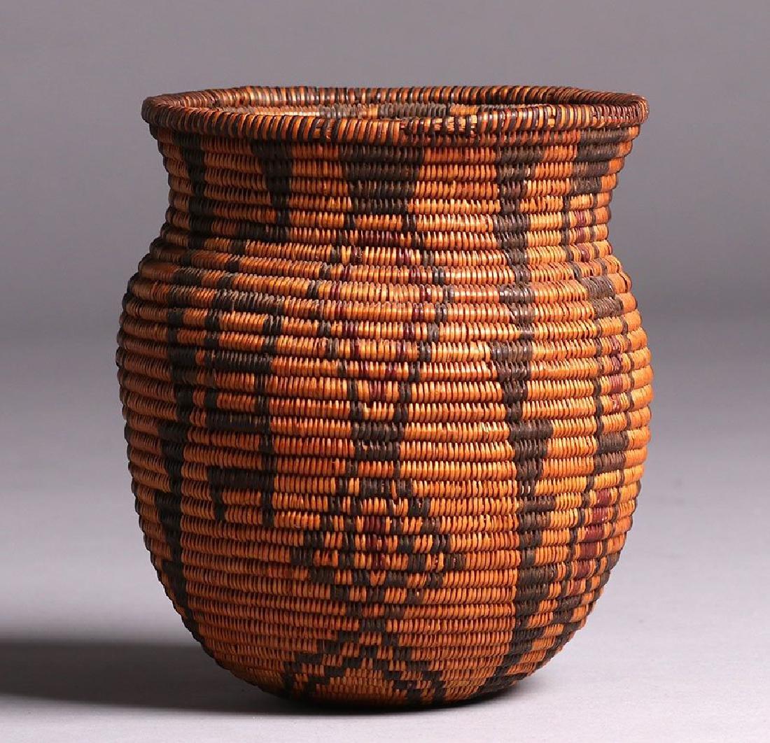 Native American Three-color Olla - Apache Tribe