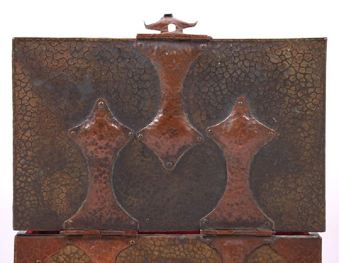 Arts & Crafts Hammered Copper and Brass Box - 3