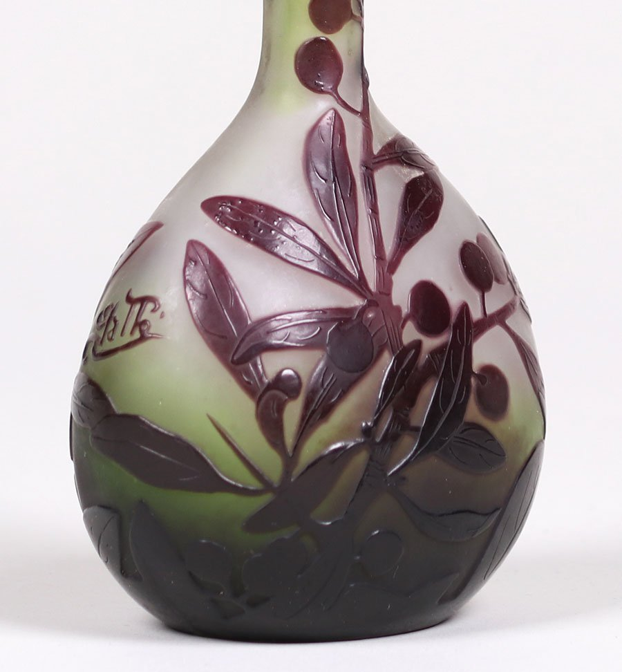 Galle Cameo Glass Vase - 3