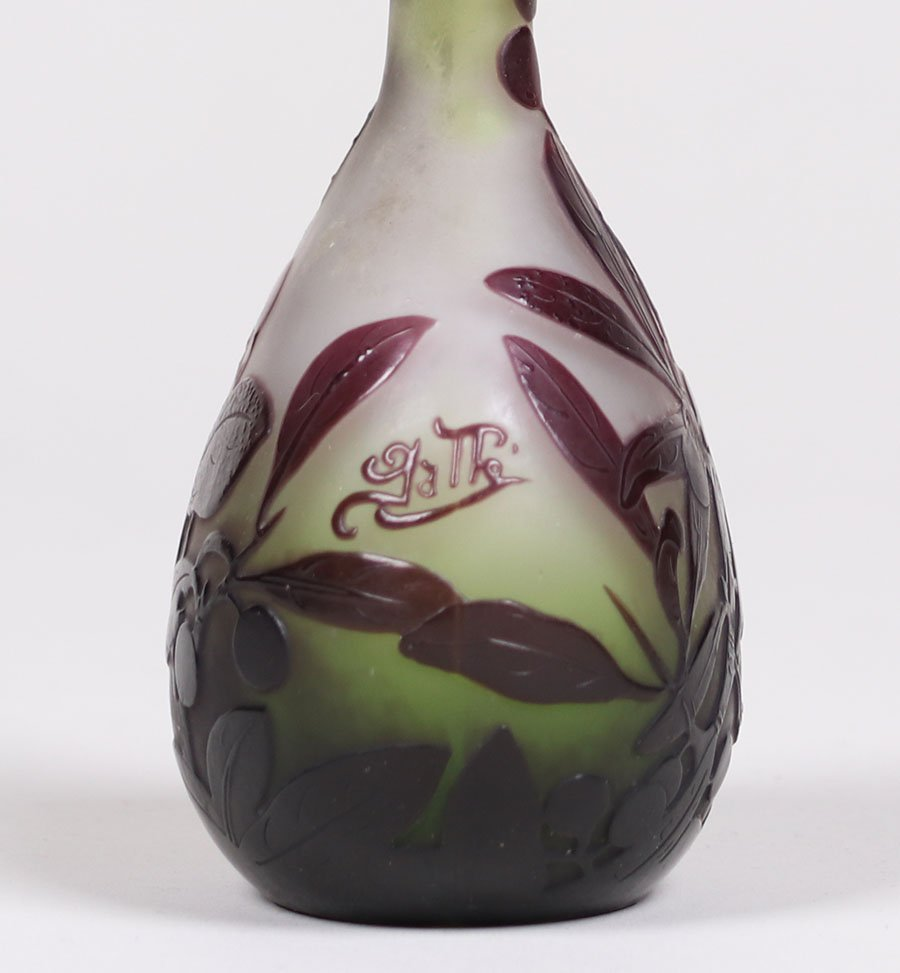 Galle Cameo Glass Vase - 4