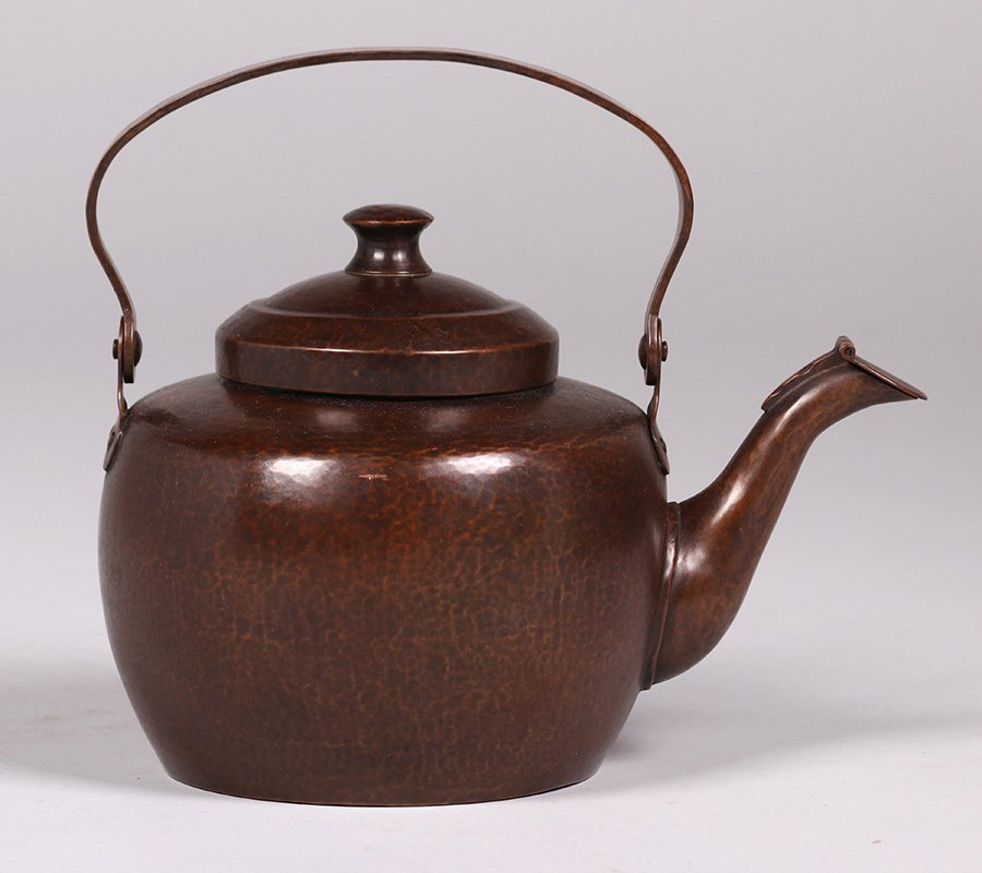 Dirk van Erp Hammered Copper Teapot c1915-1920 - 3