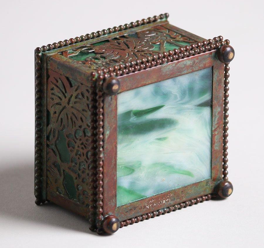 Tiffany Studios Grapevine Overlay Inkwell - 3