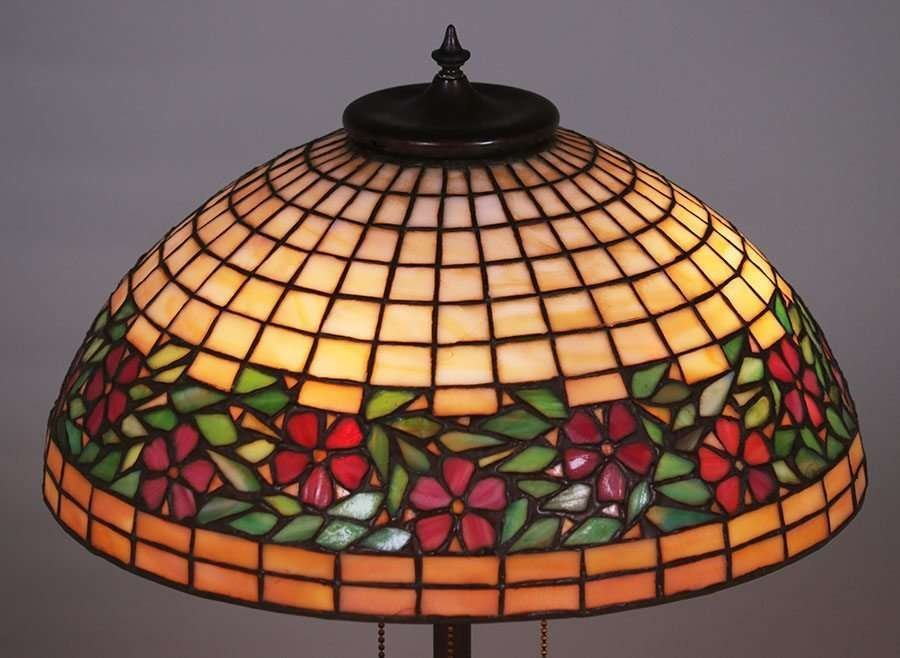 Unique Leaded Glass and Metal Co Lamp c1903-1910 - 3