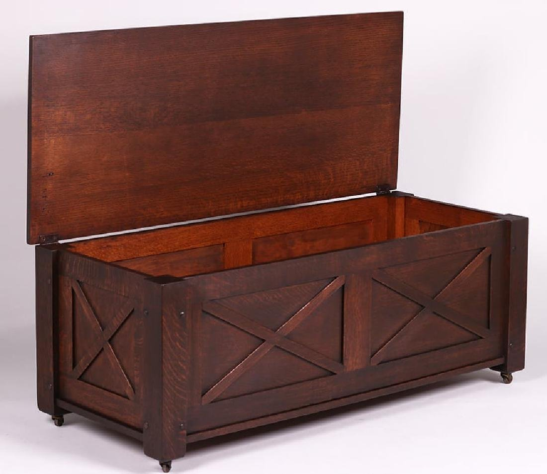 McHugh Furniture Co Blanket Chest c1905-1910 - 2