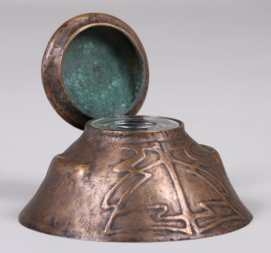Jarvie Bronze Art Nouveau Inkwell - 4