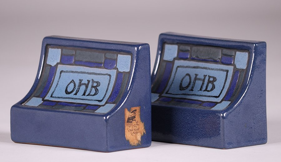 Saturday Evening Girls - Paul Revere Pottery Bookends - 3
