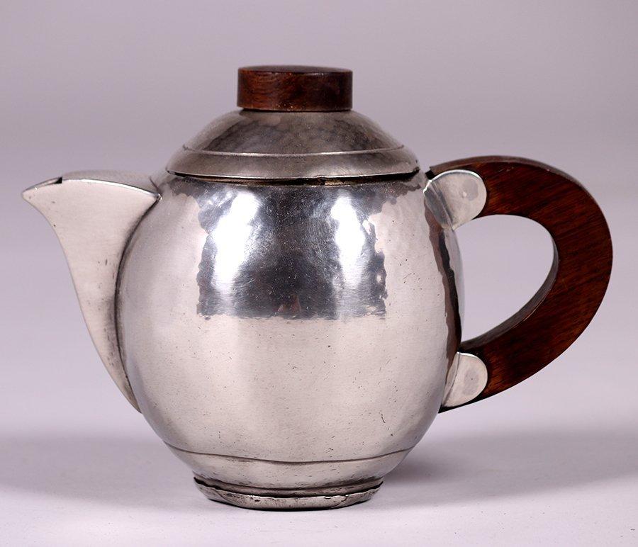 René Delavan French Art Deco Hammered Pewter Teapot